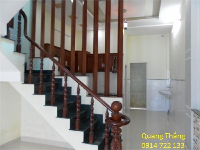 Nhà mới xây ngay cổng KCN Vĩnh Lộc 1T1L 960tr