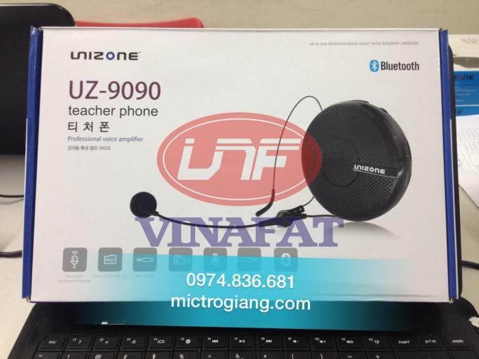Công suất ra: 5W  Công suất max:10W  Pin lithuim:3.7v  Tần số: 88Hz-108Hz  Tỷ lệ S/N >80db  Nhiệt độ sử dụng: -10 - 40 độc C  Kích thước: 95 x 95 x 35mm  Thời gian sử dụng: 10-15h đối với thời gian đợi và 6-8h sử dụng liên tục  Thời gian sặc pin:3h  Trọng lượng:135g   Hỗ trợ thẻ nhớ , Bluetooth ,