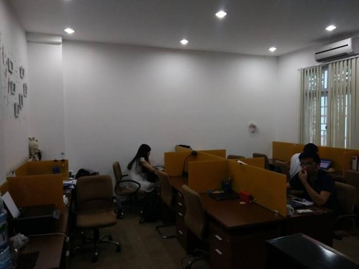 Cho thuê văn phòng 25m2, giá 4tr, đường Đinh Bộ Lĩnh, quận Bình Thạnh