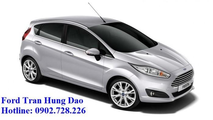 Ford Fiesta khuyến mãi lớn, giao xe ngay, chỉ cần trả trước 150 triệu