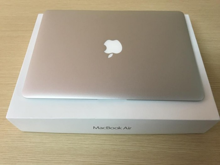 Macbook Air 13inch MJVE2 fullBox - Model 2015 | RAM: 4GB DDR3L onboard
