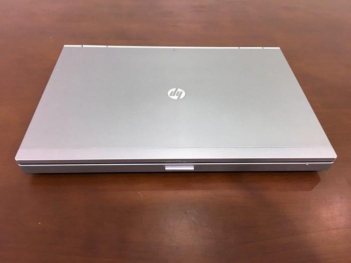 HÀNG ĐẸP 99% NGUYÊN ZIN nhập từ Mỹ, vỏ nhôm nguyên khối mạnh mẽ và sang trọng với logo HP ngay trên vỏ máy