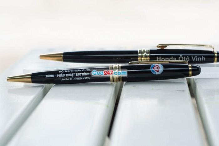 Bút kim loại 01 sang trọng và đẳng cấp khắc logo công ty cực đẹp số lượng càng lớn giá càng giảm
