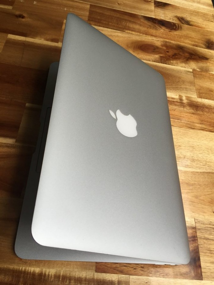 Macbook air 2014 | pin 7h đến 10 giờ.