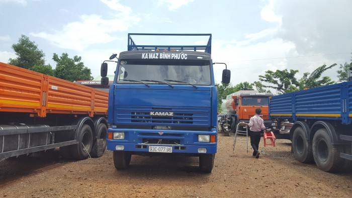 Bán 02 Kamaz cũ 2015 & 2016 , bán 02 xe tải thùng Kamaz 65117 đã qua sử dụng