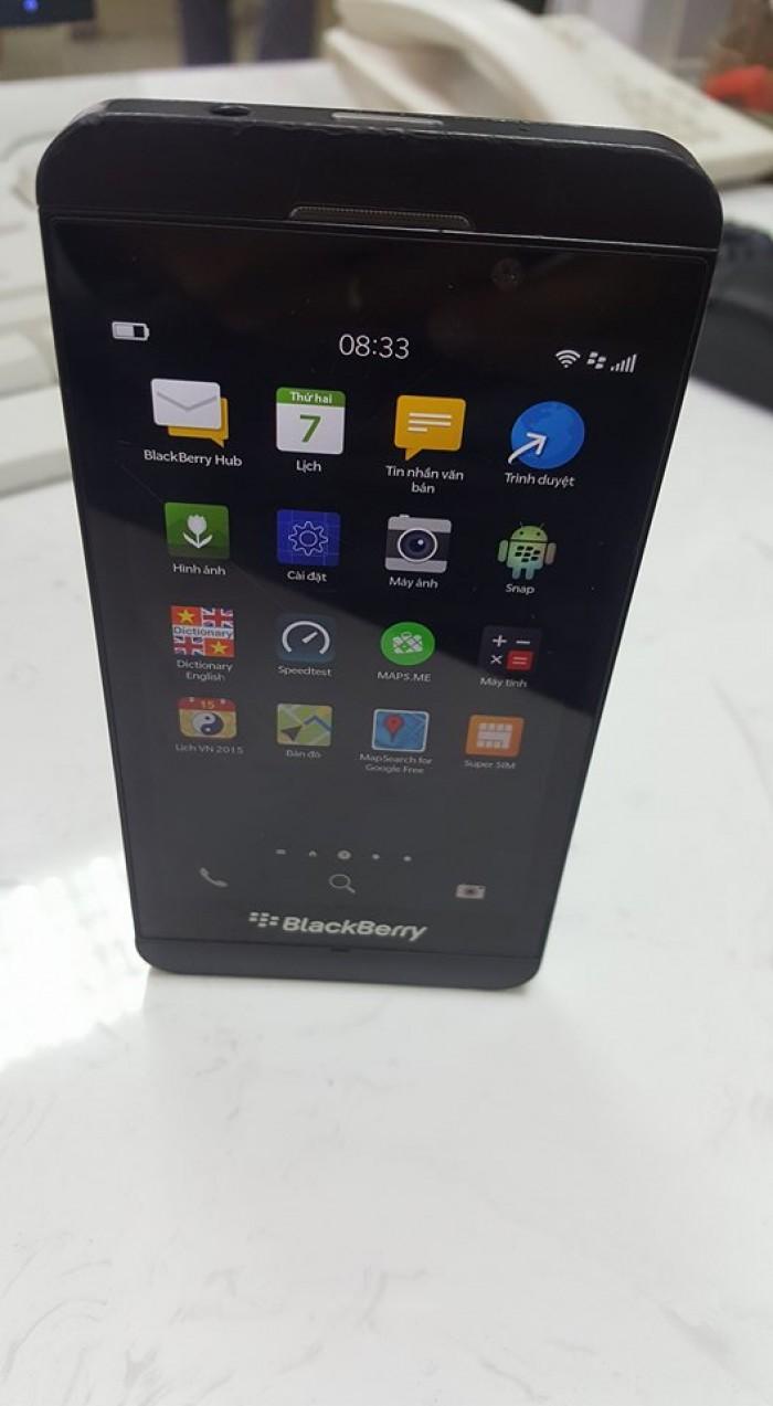 Bán điện  thoại BlackBerry Z10 đã qua sử  dụng1
