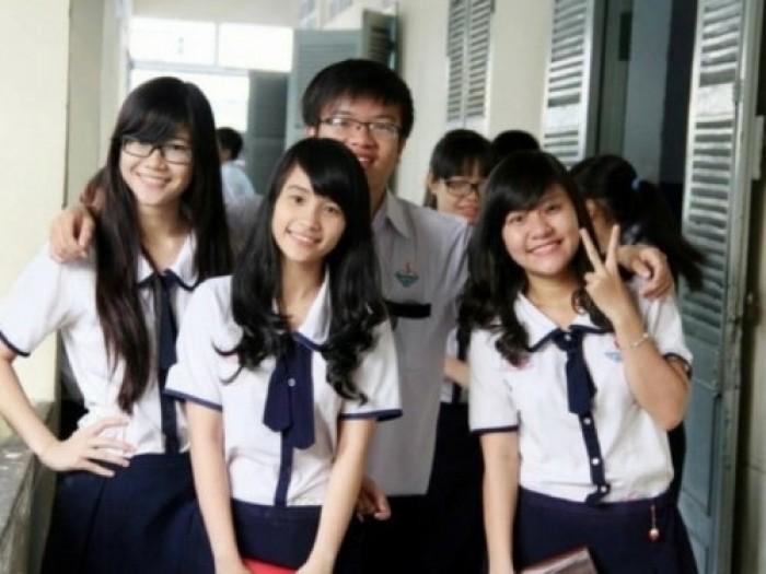 May đồng phục trường THPT giá rẻ từ May Lê Thành