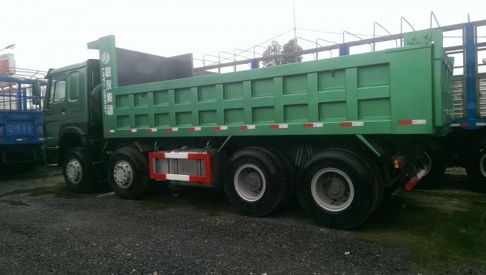 Bán xe ben howo 4 chân nhập khẩu thùng vuông 6,3m 10 nhíp