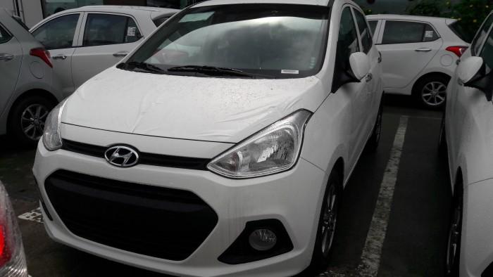Nhanh chóng sở hữu ngay Hyundai Grand i10 1.0MT trắng, để nhận ngay ưu đãi lên đến 25 triệu đồng, xe giao ngay