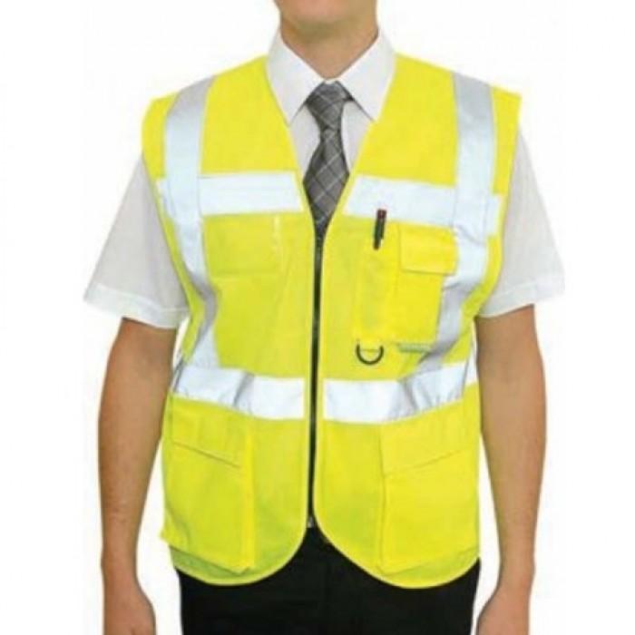 May Lê Thành với nhiều năm kinh nghiệm trong lĩnh vực may đồng phục, quần áo phản quang. Với đội ngũ tư vấn, thiết kế chuyên nghiệp, đội ngũ công nhân may tay nghề cao, cùng với nhà xưởng, máy móc hiện đại sẽ mang đến cho bạn những bộ đồng phục phản quang tốt nhất.