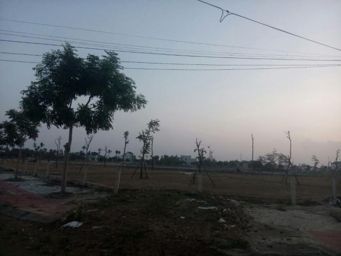 Đất xây Biệt thự nghỉ dưỡng 300 m2, ngay Hồ Sinh Thái