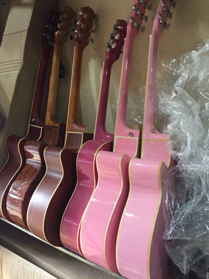 Bán đàn ghita acoustic gỗ hồng đào chất lượng tại Hà Nội