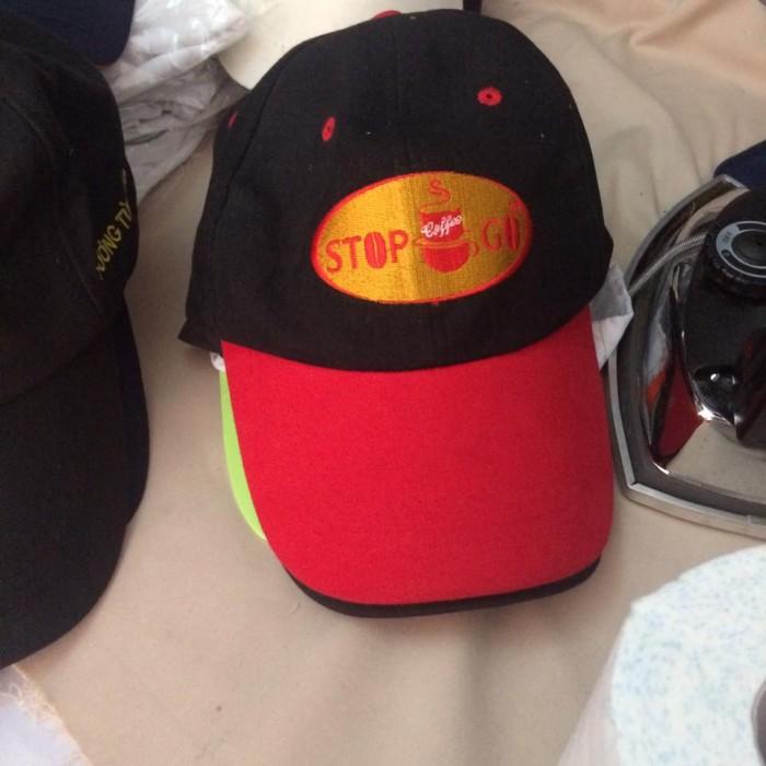 Chuyên sản xuất nón đồng phục, quà tặng, nón cà phê Shop &Go