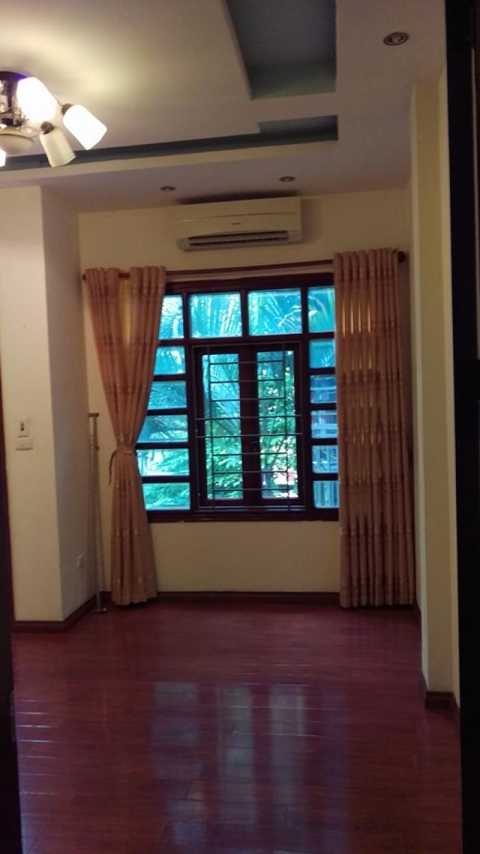 Bán nhà  duy nhất phố Giải Phóng giá 220tr/m2 !
