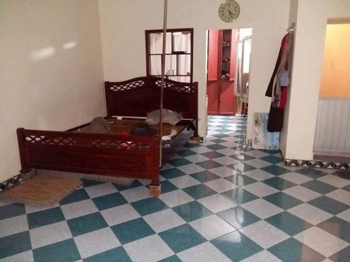 Cho thuê căn hộ tập thể T1 tại Thành Công;Ba Đình;giá 7Tr;Dt 65m2
