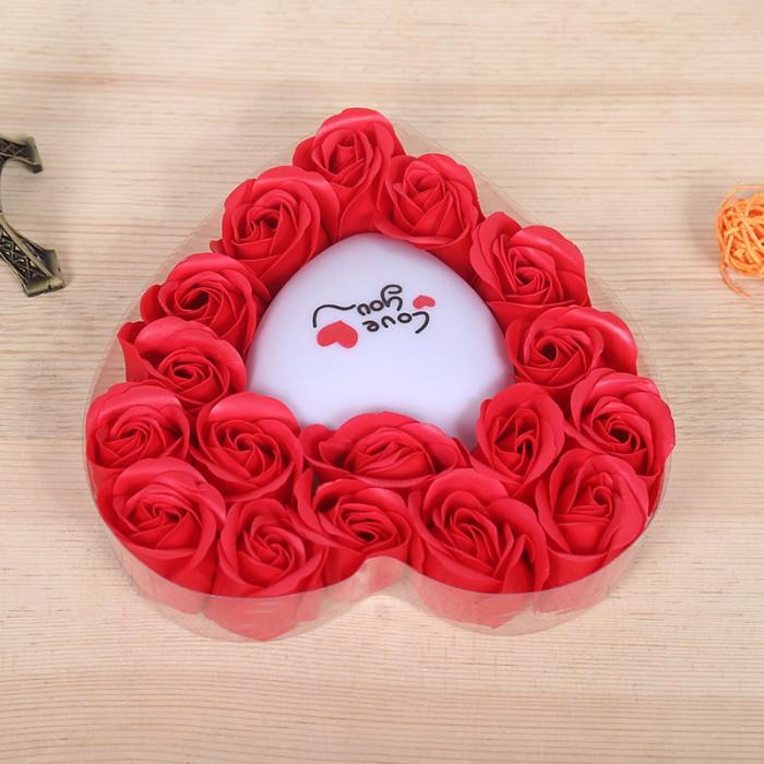 Hoa Hồng Sáp Trái Tim Phát Sáng màu đỏ