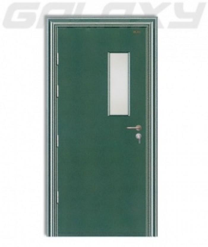 Cửa bao gồm: Cánh + Khung Bao + Phủ Vân Gỗ Hoàn Thiện.  Kích thước tiêu chuẩn: 800 x 2.100mm hoặc 900 x 2.200mm (Hoặc theo kích thước Khách Hàng yêu cầu3