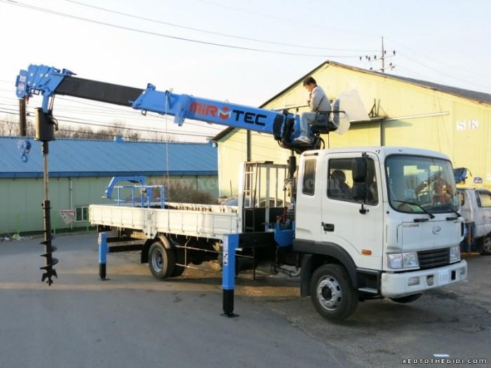 Bán xe tải Hyundai 5 tấn HD120 gắn cẩu Mirtec JS-515 loại cần 5 tấn, giá tốt