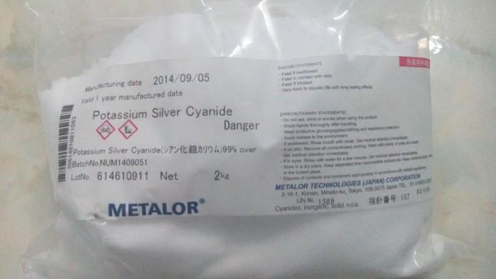 Silver Cyanua, Bạc