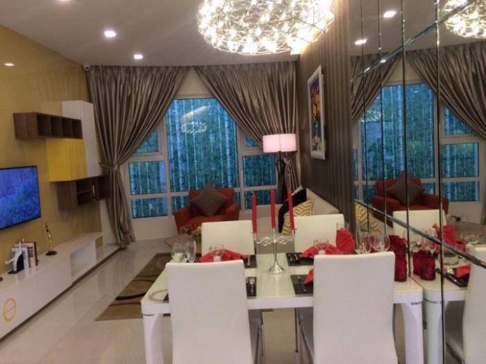 Cần bán gấp căn hộ Flemington 117m2 3PN 2WC 4 tỷ 8 full nội thất cao cấp