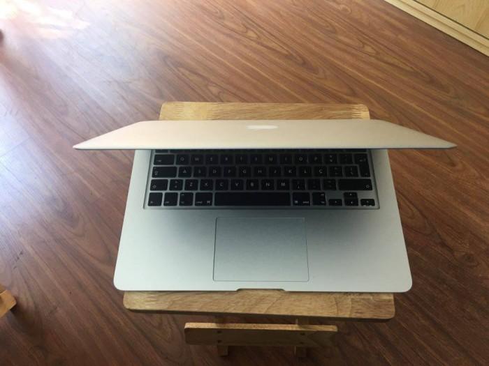 Macbook Air 13inch MD761 | Màn hình: 13.3 inch