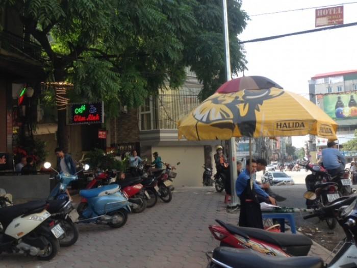Cần bán nhà mặt phố Nguyễn Thị Định.DT 55 x5,MT4,7m.Gía 23,5 tỷ.