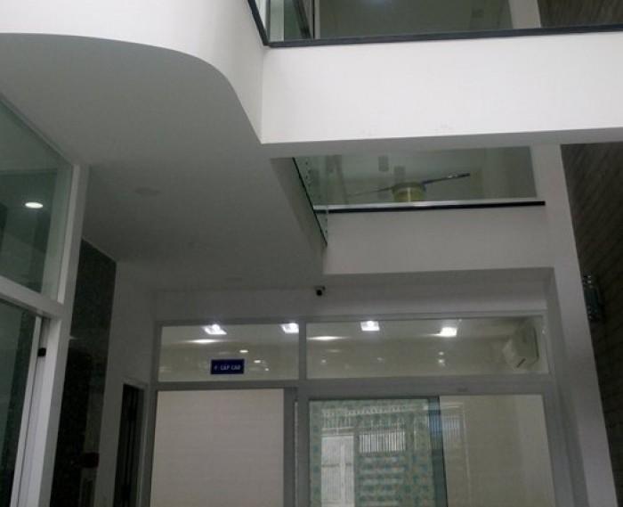 Cho thuê nguyên căn trung tâm quận Bình thạnh thích hợp làm văn phòng hoặc kinh doanh