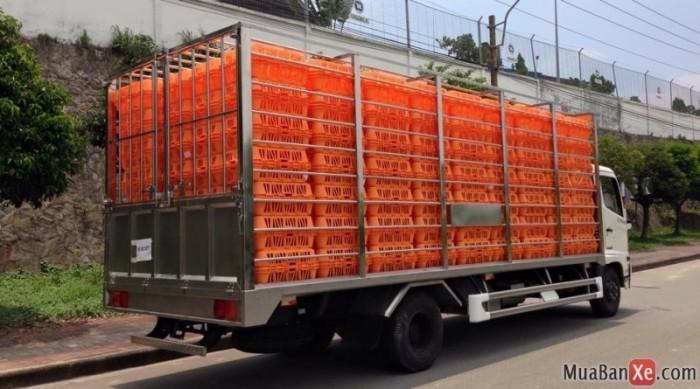 Xe chở gà, chở vịt 5 tấn thùng dài 6m7 của Hino  - FC9JLSW