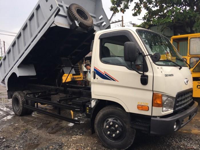 Xe nhập khẩu chính hãng HYUNDAI Hàn Quốc mới 100%, sản xuất năm 2016