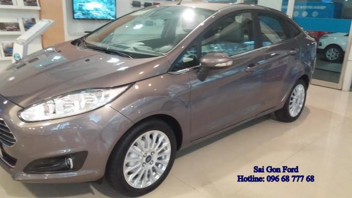 Khuyến mãi Ford Fiesta Titanium, số tự động, trả trước 150 triệu, giao xe ngay