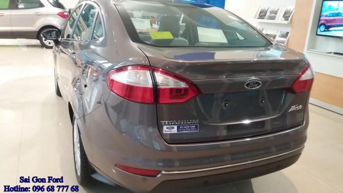 [2] Khuyến mãi Ford Fiesta Titanium, số tự động, trả trước 150 triệu, giao xe ngay