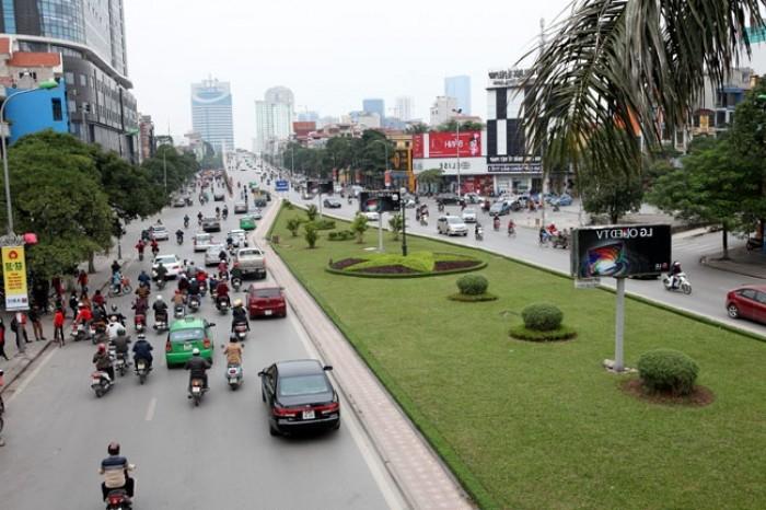 Hot chỉ 9tỷ 6 có ngay mp Nguyễn Chí Thanh 40m  mt 3.5