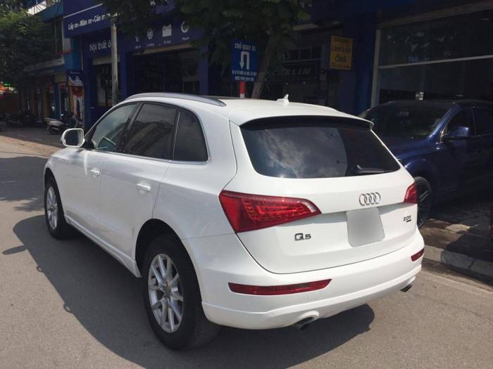 Bán xe Audi Q5 2011 trắng cực đẹp tại Hà Nội 4