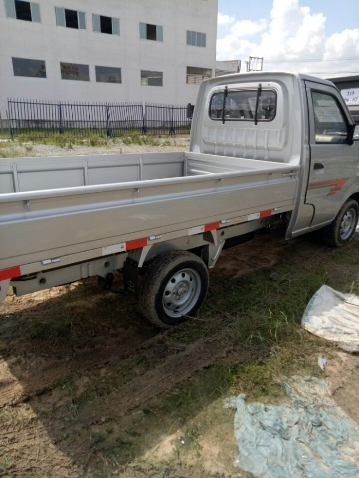 Xe tải dong ben 810 kg công nghệ suzuki
