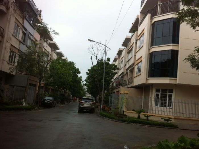 Nhà liền kề 90m2 khu đô thị Văn Phú, Hà Đông cần bán