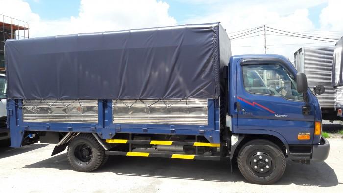 xe tải Hyundai HD65 2.5 tấn thùng bạt