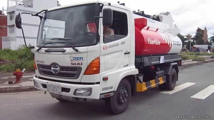 Hino FC9JESW 6.2 tấn thùng 4.4m - Dòng xe Hino Nhật Bản