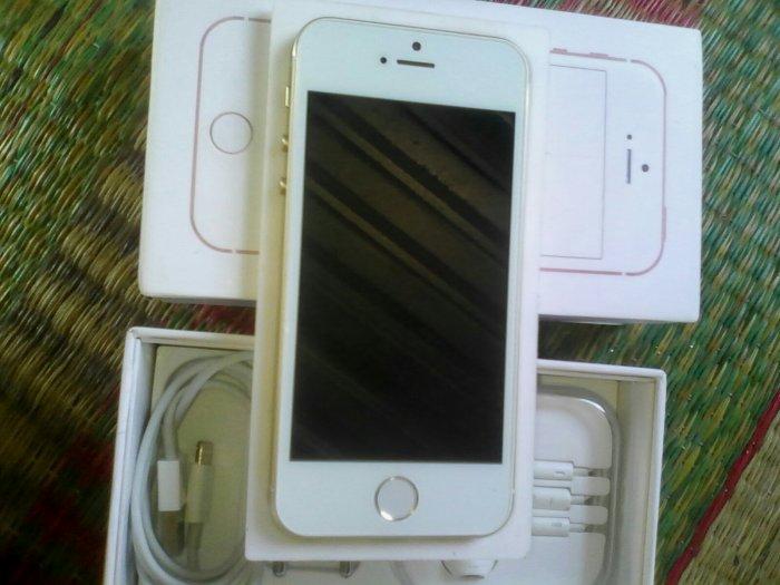 iPhone 5se3