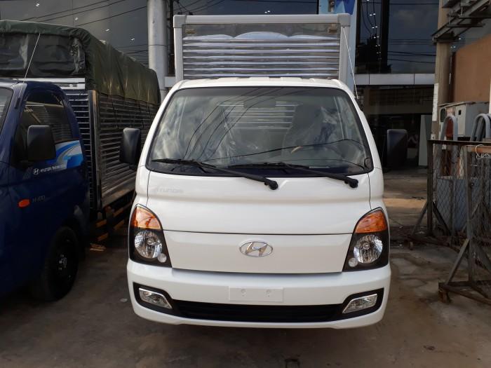 Cần bán xe tải Hyundai H100 mới 100% nhập khẩu nguyên chiếc đủ loại thùng