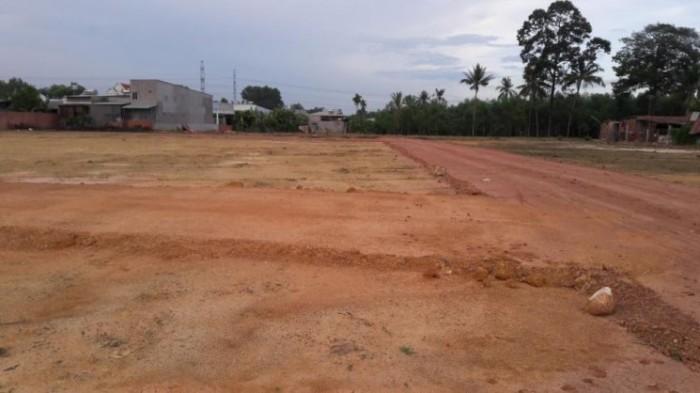 5x30= 150m2 giá 120tr, đất có sổ hồng, thổ cư 100%, mặt tiền đườn 16m