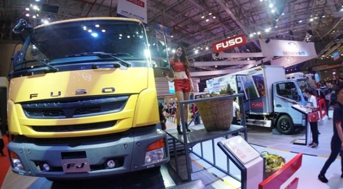 Bán xe tải fuso fighter fj24 tải trọng 15 tấn nhập khẩu nguyên chiếc