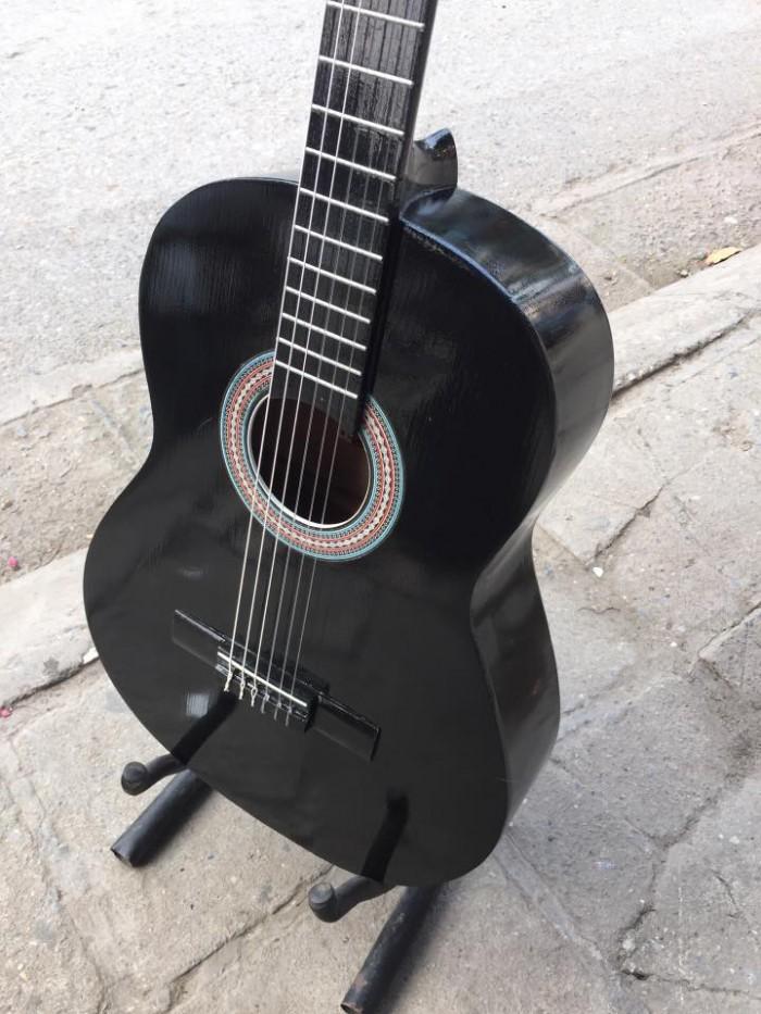 Mua đàn ghita classic với giá chỉ 650.000đ