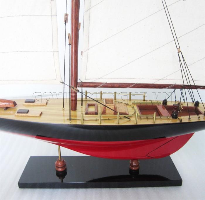 Mô hình du thuyền gỗ Columbia 50cm2