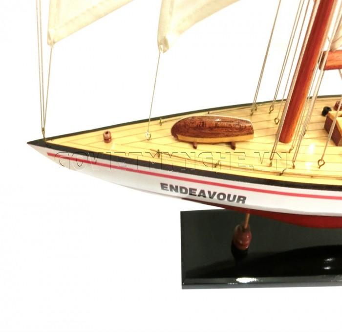 Mô hình du thuyền gỗ Endeavour 50cm2