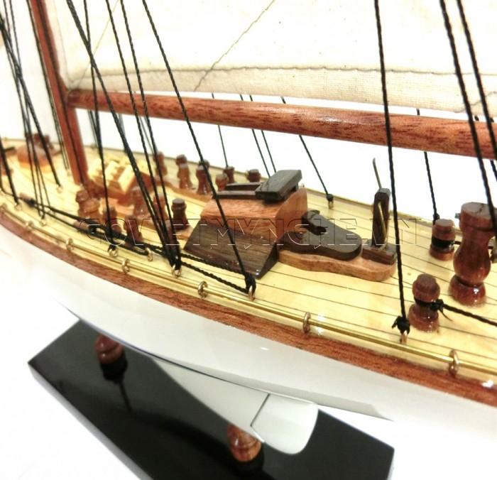 Mô hình du thuyền gỗ Endeavour 50cm6