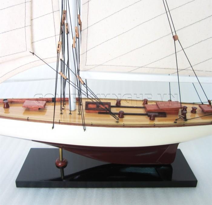Mô hình du thuyền gỗ Rainbow 50cm2