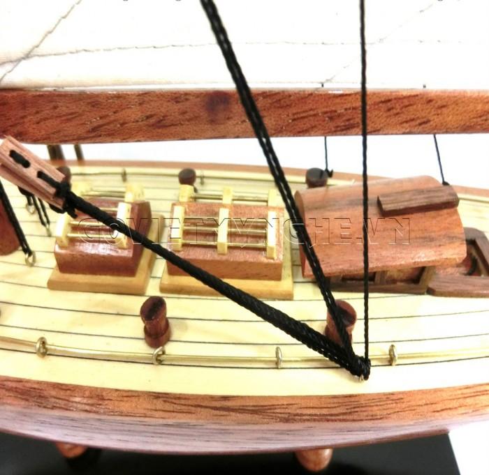 Mô Hình Du Thuyền Gỗ Shamrock 50cm5