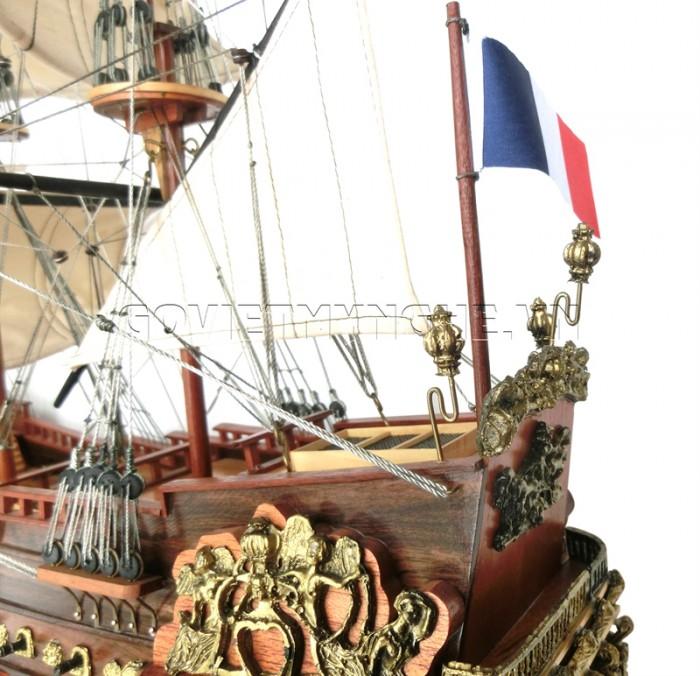 Mô hình thuyền chiến cổ Soleil Royal 80cm2