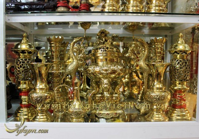 Đỉnh đồng vàng nguyên chất hoa sòi 60cm vàng bóng  7,500,000 ₫