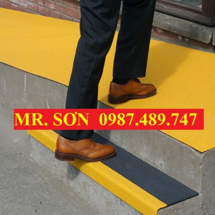 sàn lót nền bê tông, mua sàn lót văn hòng chống trượt composite12